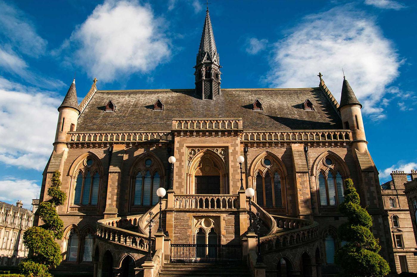 Dundee Translation <br>Services