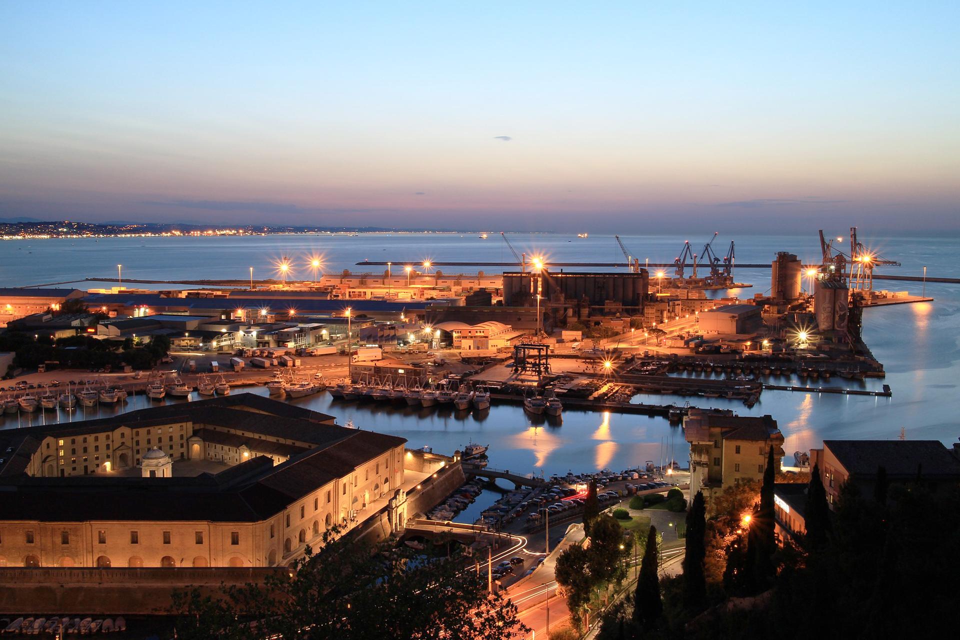 Servizi di interpretariato professionale <br> ad Ancona
